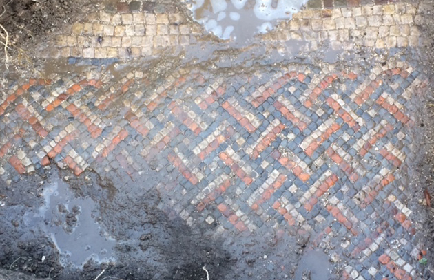 Trenches England mosaic