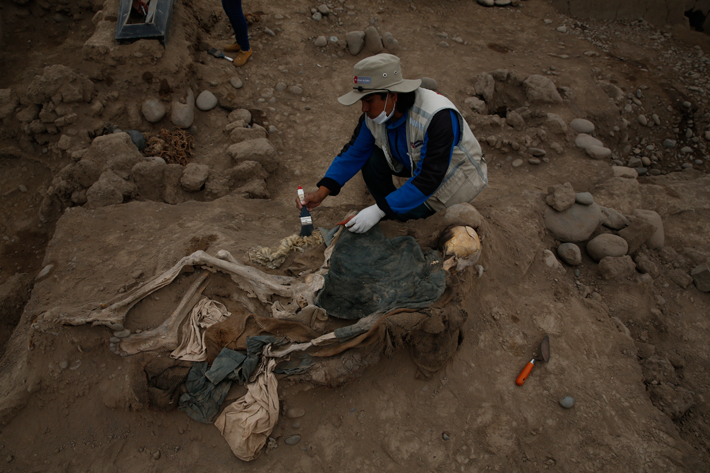 Trenches Peru Chinese Worker Burial