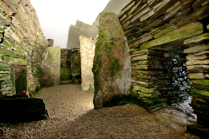 Neolithic-Orkney-Chambered-Tomb-Unstan