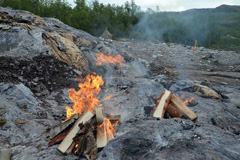 Norway-Melsvik-chert-quarry-bonfires