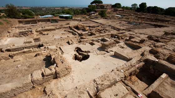 A view of the newly discovered Insula IV of the Hellenistic-Roman quarter of Agrigento. At the center of the insula excavators have uncovered a fourth-century A.D. bath complex. (Marco Merola)