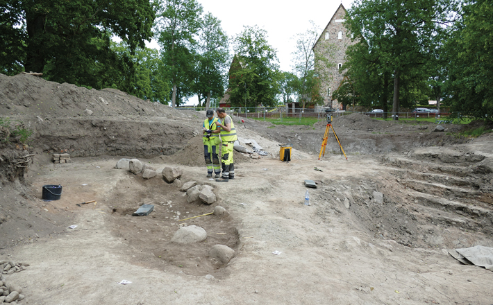 Digs Norway Sweden Ship Burial Researchers