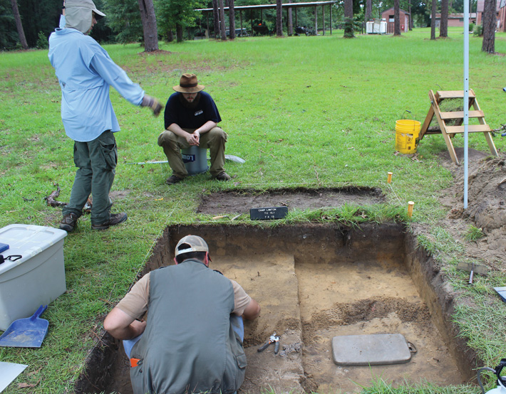 sidebar digging-Camp-Lawton-stockade-trench