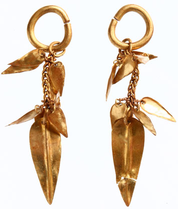 Trenches Korea Gold Earrings