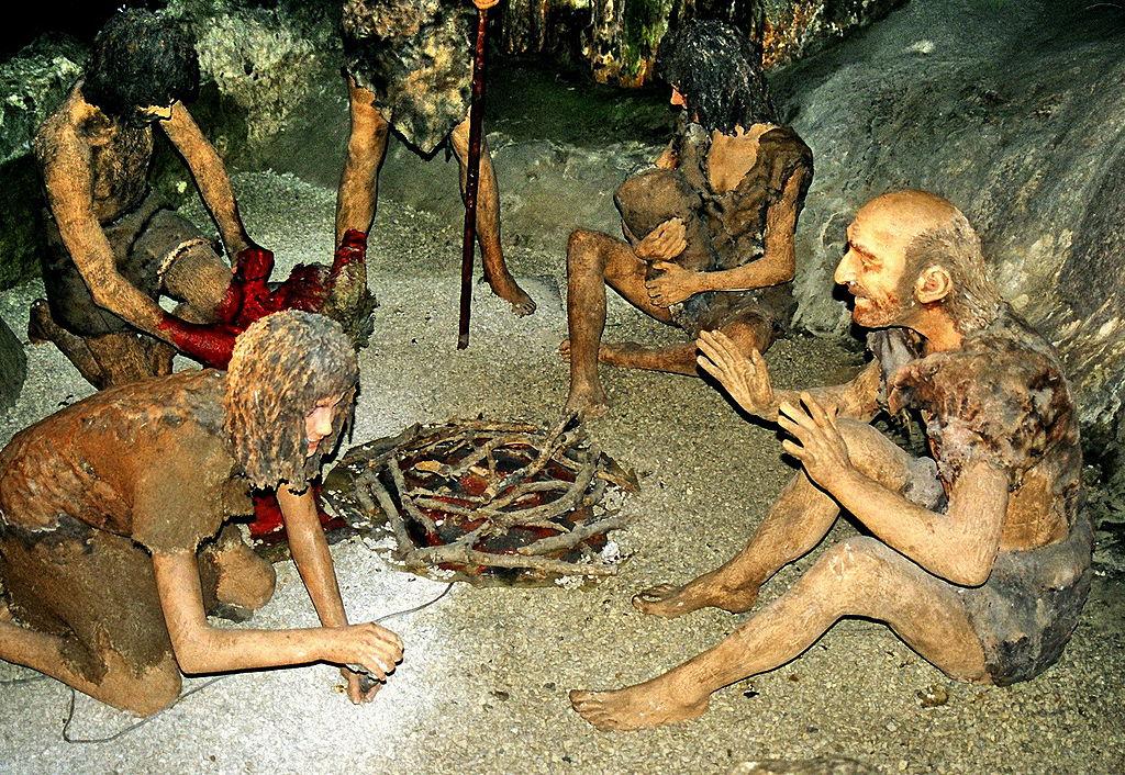 Neanderthal Bone Could Push Back Evolution of Complex Speech 1024px-Gib_neanderthals