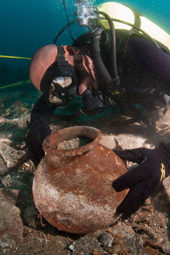 Shipwreck May Offer Clues to Ancient East-West Trade