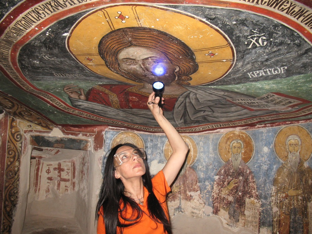Byzantine-Monastery-Painting-uv-light
