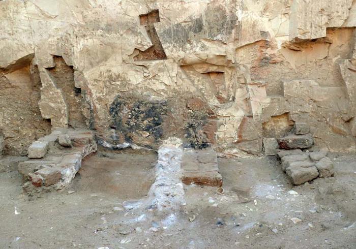 Egypt-epidemic-dlimestone-kiln