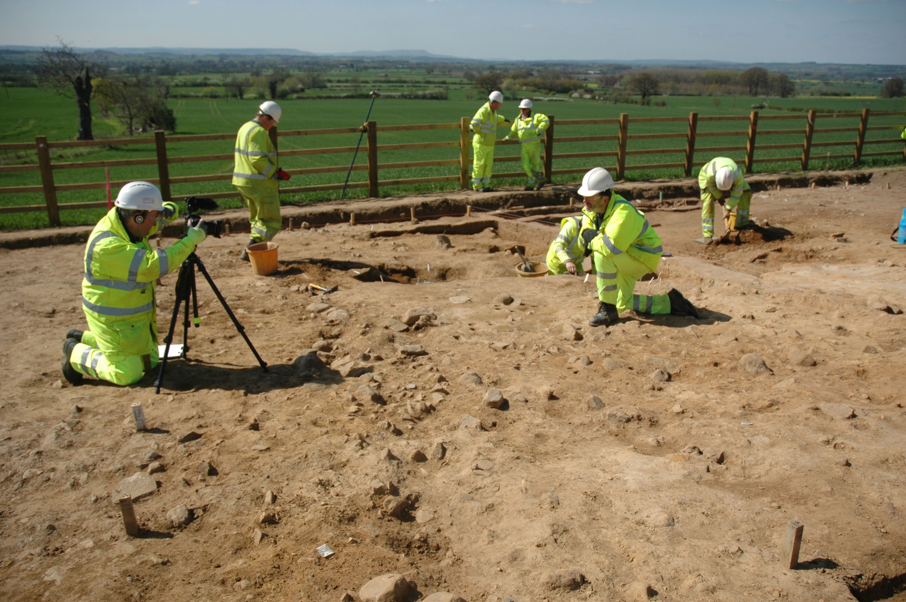 Britain's 10,000-Year-Old Road Mesolithic-Campsite-Discovered