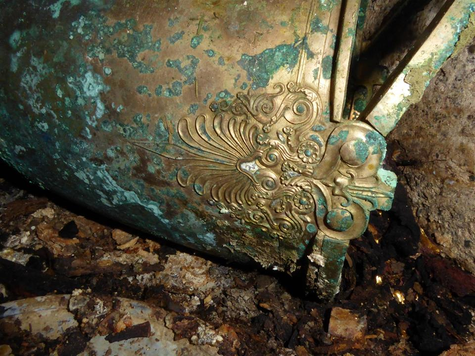Greek-Tomb-Gold-Bowl