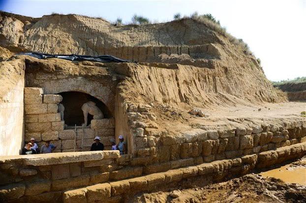 Amphipolis tomb exterior
