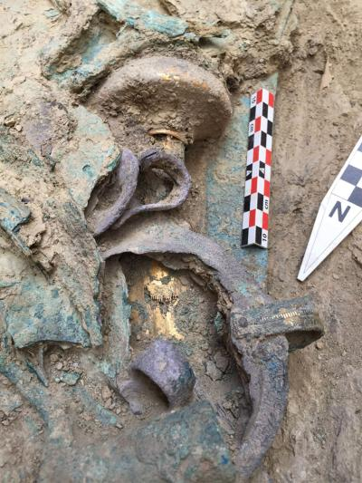 Bronze Age Warrior's Tomb Discovered in Pylos, Greece