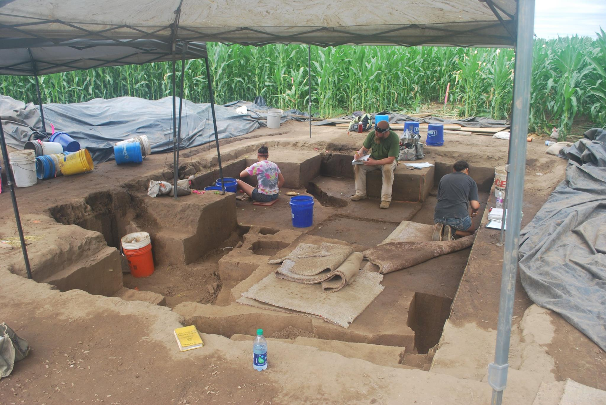 Fortified Village Unearthed In Illinois Archaeology Magazine