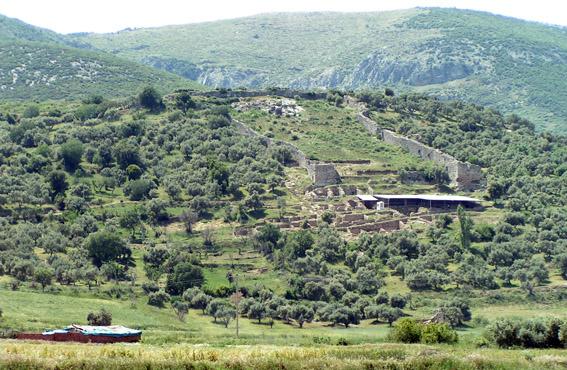Well-Preserved Brick Vault Found in Anatolia - Archaeology Magazine