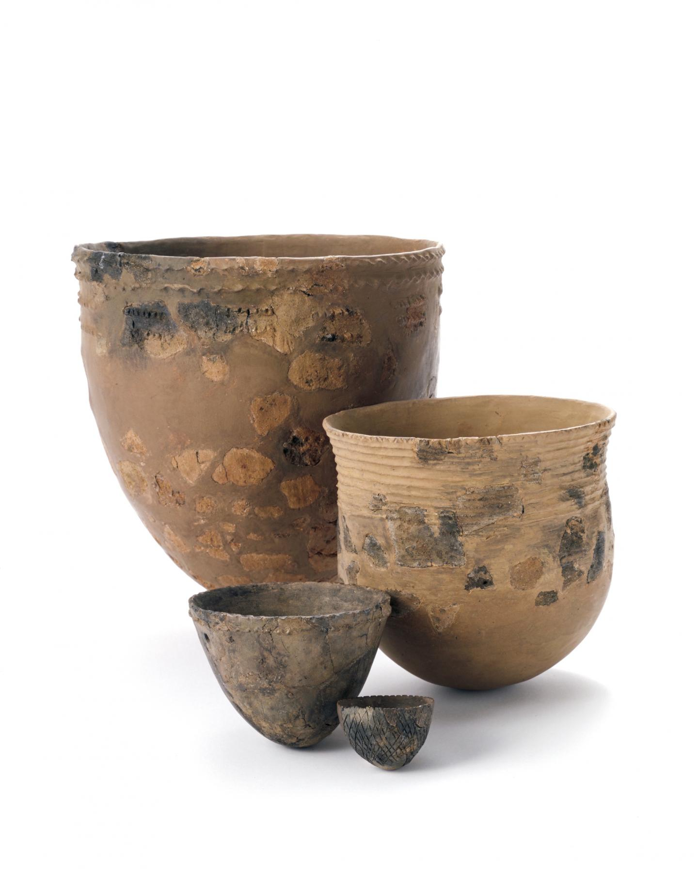 Japan pottery fishing