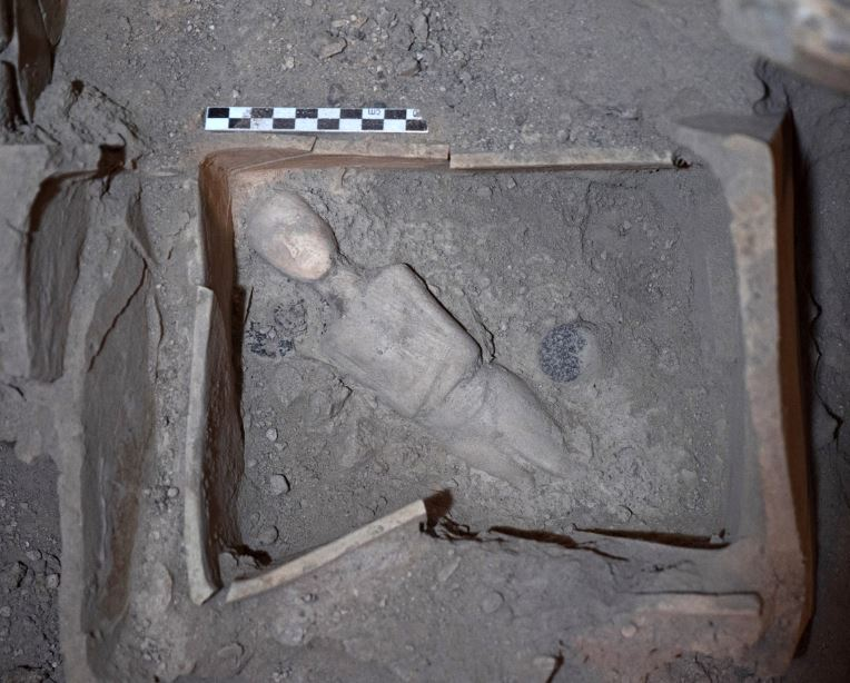 Bronze Age Artifacts Uncovered in Greece