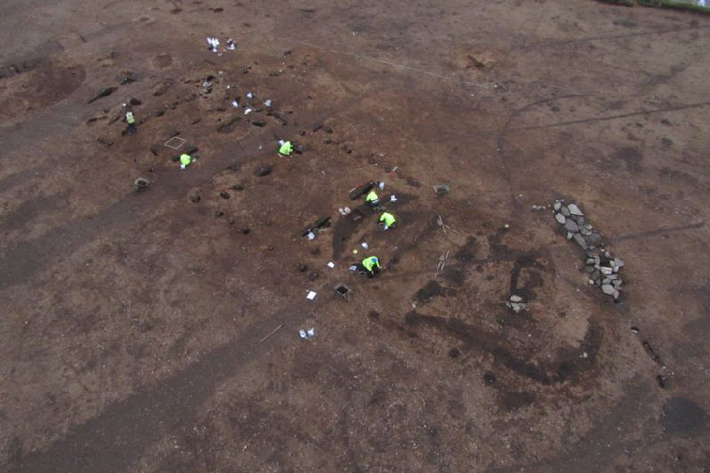 6,000-Year-Old Longhouses Uncovered in Scotland - Archaeology Magazine