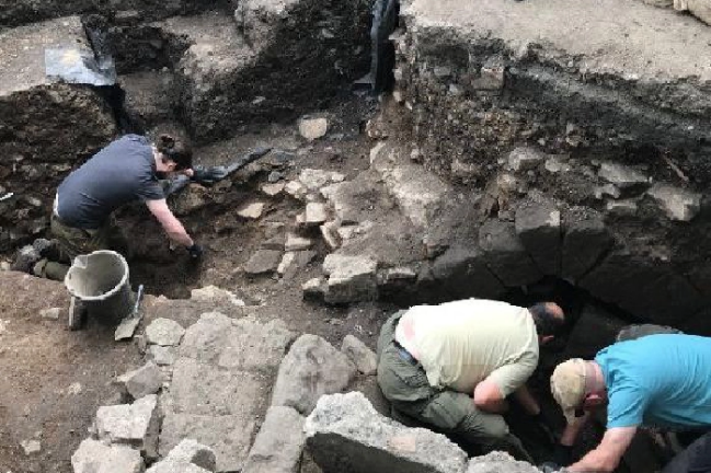 """Archaeologists Investigate Scotland's """"Great Drain"""" - Archaeology Magazine"""