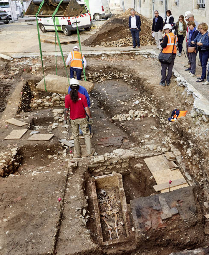 Merovingian Period Skeleton Uncovered in France - Archaeology Magazine