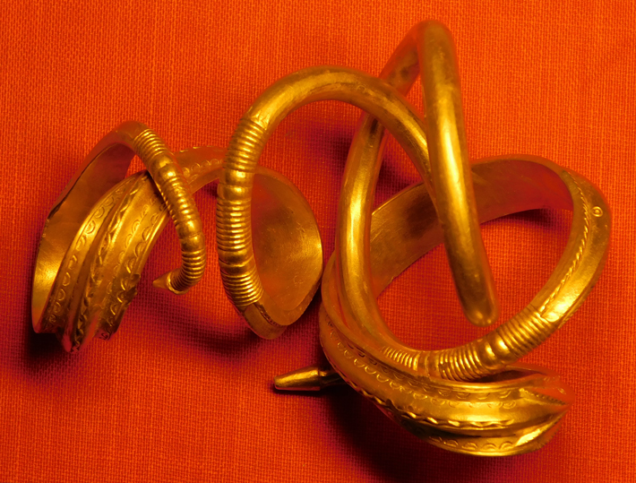Ancient Gold Bracelet Unearthed in Estonia - Archaeology Magazine