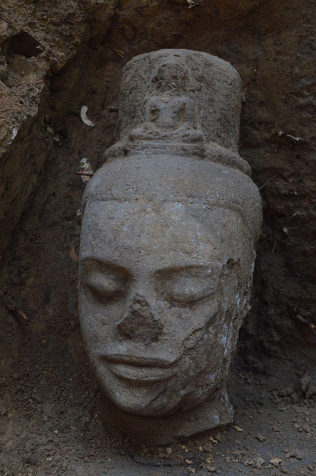 Stone Head Unearthed at Angkor  - Archaeology Magazine