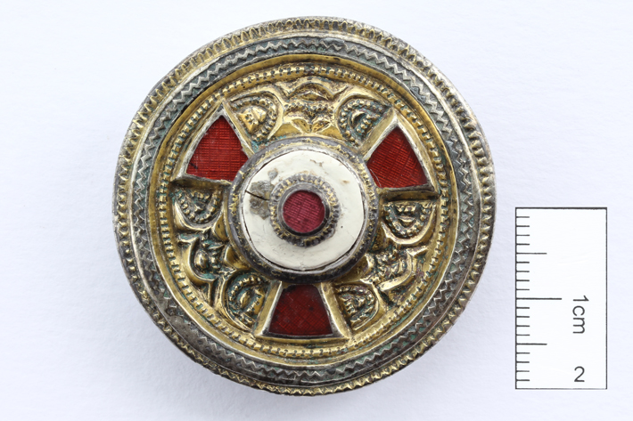1,400-Year-Old Anglo-Saxon Burial Unearthed in Canterbury - Archaeology Magazine