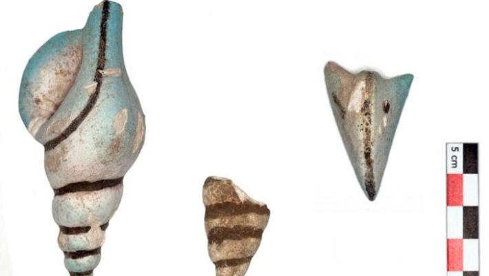 Minoan Artifacts Uncovered at Akrotiri - Archaeology Magazine