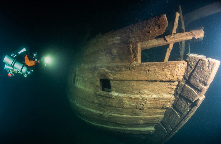 Diving Team Discovers Dutch Trade Ship in Baltic Sea - Archaeology Magazine