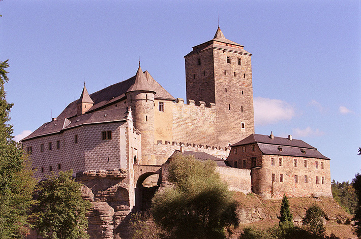 Medieval Castle Investigated in Czech Republic - Archaeology Magazine