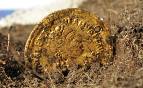 gold-coin-roman-sweden